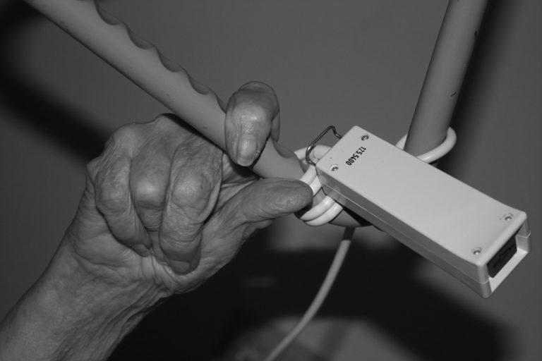 Stationäre Pflege: Segen oder Fluch?